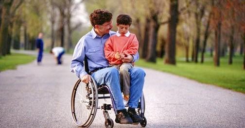 Disabili: diventa legge 'Dopo di noi', per un futuro anche senza genitori