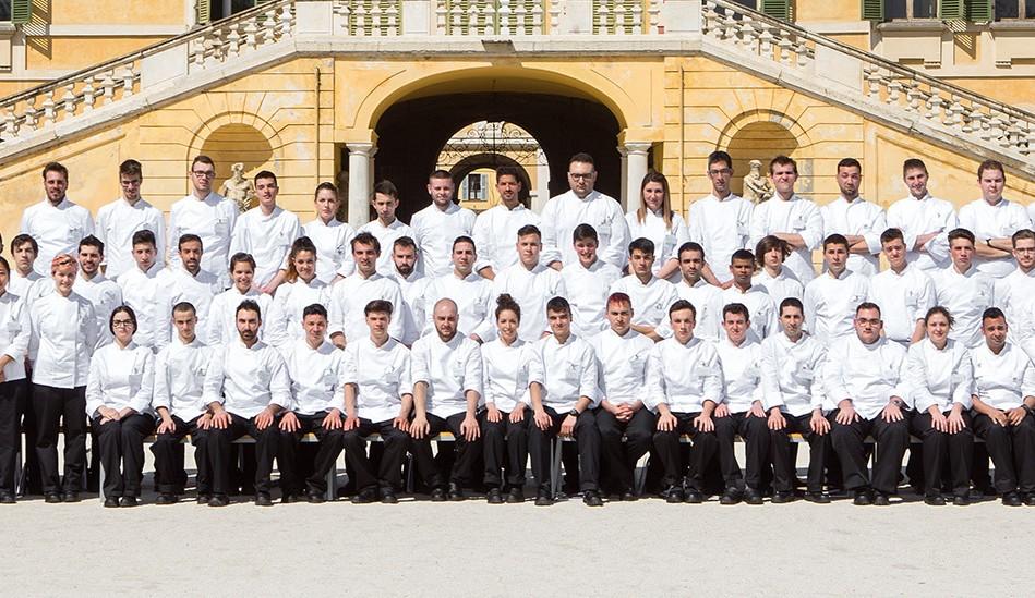 Tre studenti parmigiani al corso di cucina italiana alma - Corso cucina italiana ...