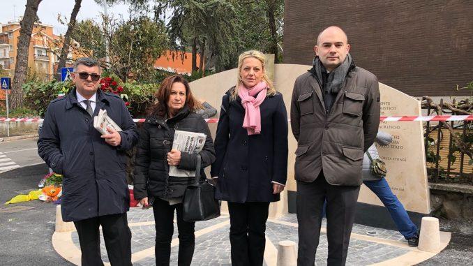 Strage di via Faniimbrattato il monumentoche ricorda le vittime