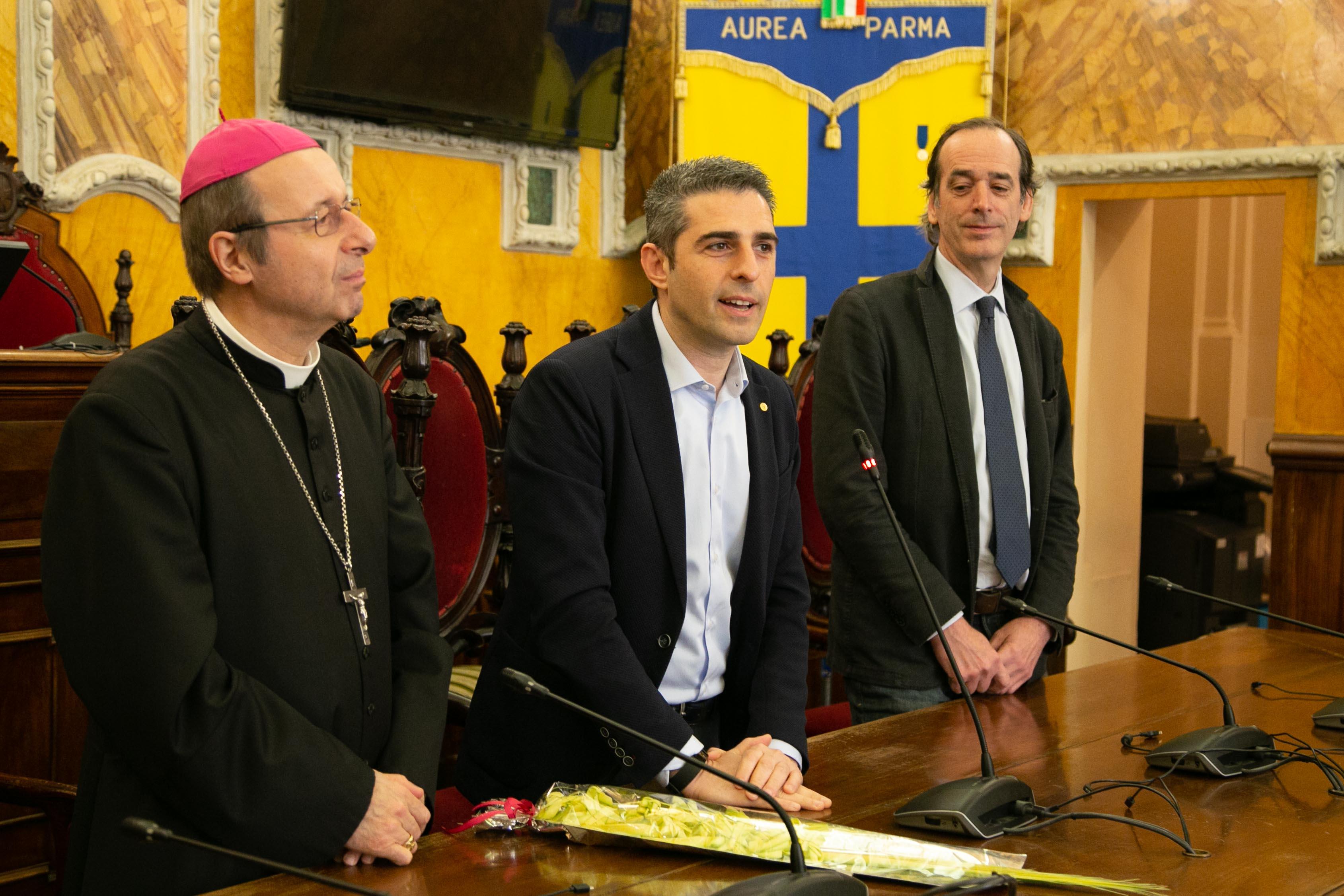 2019-04-15-Pizzarotti-Tassi-Carboni-benedizione-Vescovo-3