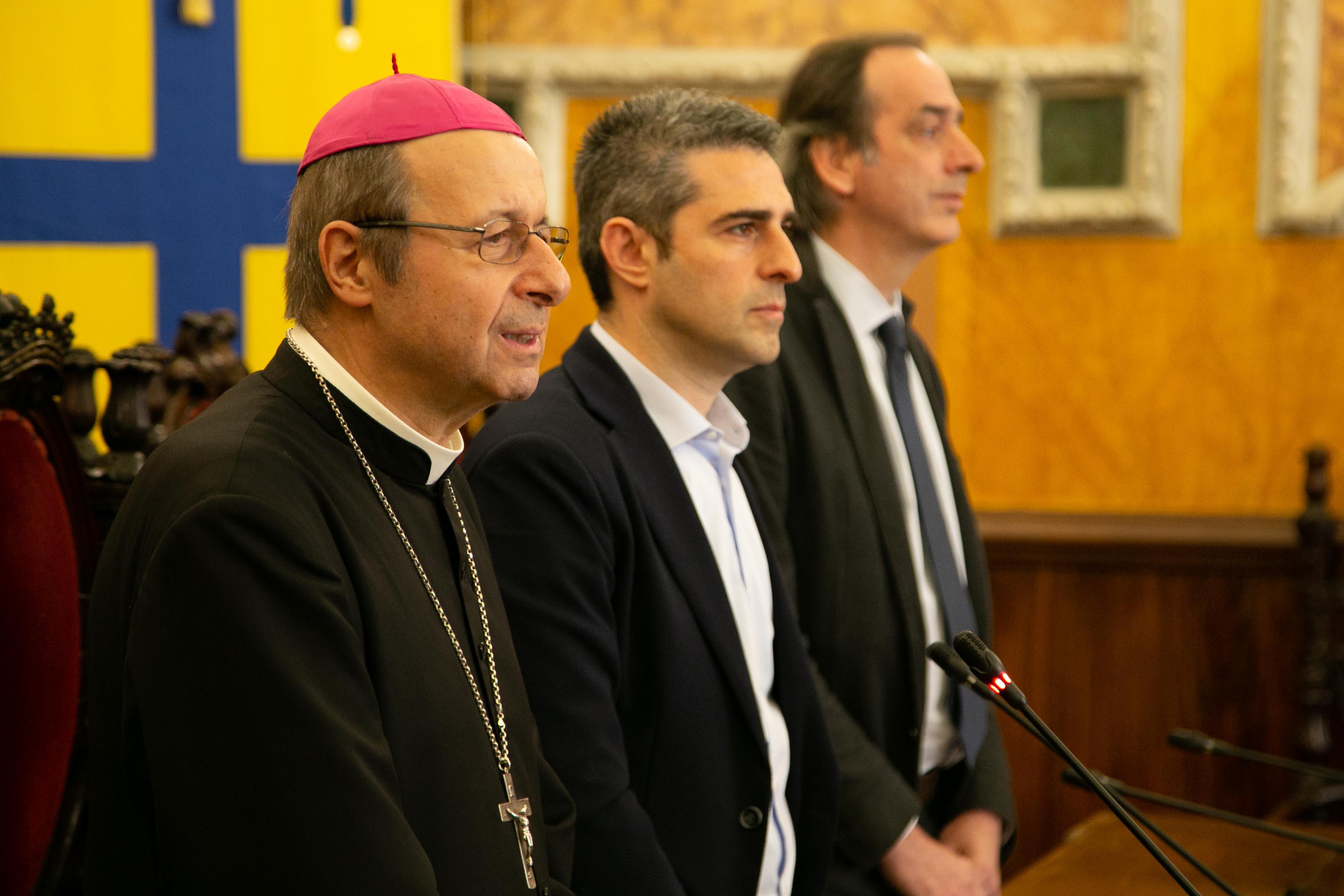 2019-04-15-Pizzarotti-Tassi-Carboni-benedizione-Vescovo-7